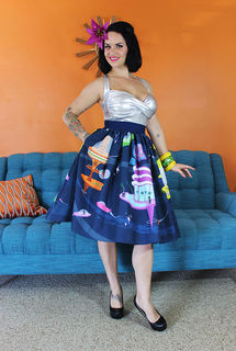 TOBS Moais In Space Novelty Print Skirt