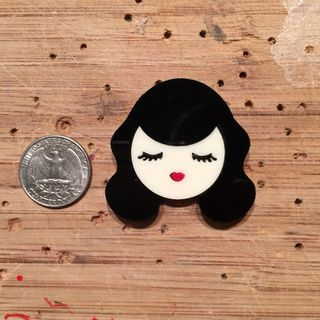 BACCURELLI Small Bettie Page Brooch