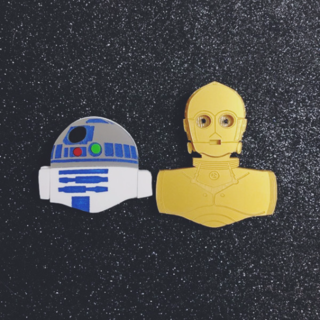 BACCURELLI Droid Baes Brooch R2D2 ONLY