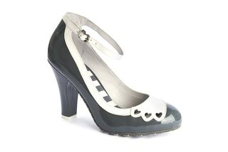 LOLA RAMONA June Hearts Grey and Cream Pump Last One Size 40