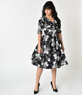 UNIQUE VINTAGE Delores Black and White Floral Swing Dress with Sleeves