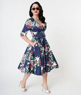 UNIQUE VINTAGE 1950s White and Blooming Floral Print Delores Swing Dress With Sleeves