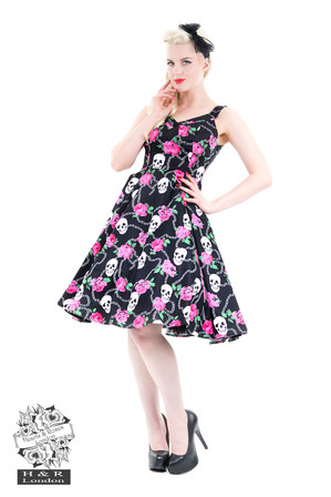 HEARTS & ROSES Psychobilly Skulls and Roses Dress in Pink and Black