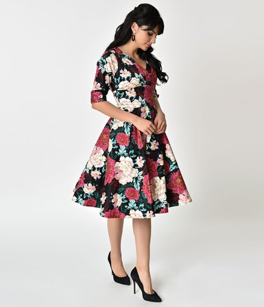 UNIQUE VINTAGE Delores Black and Carnation Floral Swing Dress with Sleeves