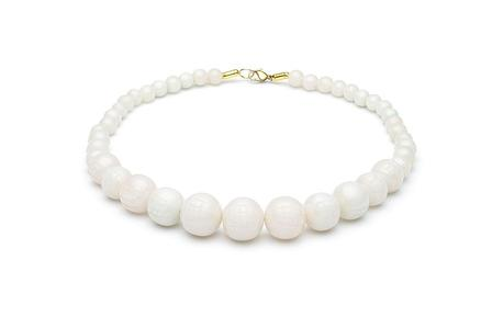 SPLENDETTE Cloud Fakelite Carved Bead Necklace