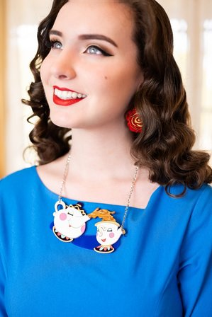 DAISY JEAN FLORAL Beauty And The Beast Spot Of Tea Necklace